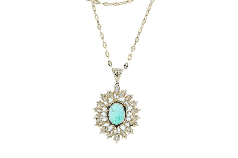 Amwaj Jewelry Emerald Necklace in 18 Karat Yellow Gold For Sale 2