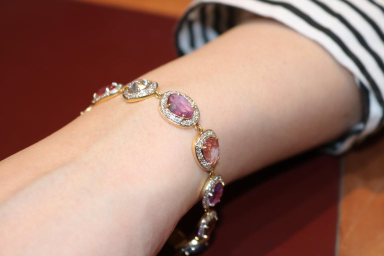 Amwaj Jewelry Multi-Color Sapphires Bracelet In New Condition For Sale In Abu Dhabi, Abu Dhabi