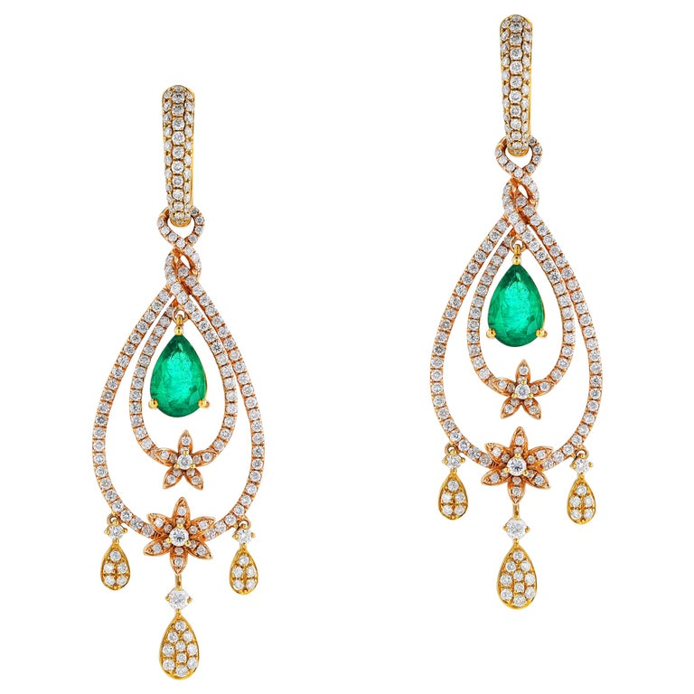 Amwaj Jewelry Rose Gold with Emerald Drop Earrings For Sale