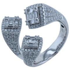 Amwaj White Gold 18 Karat Ring with Diamonds