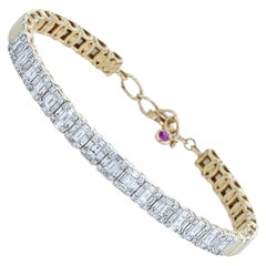 Amwaj Yellow Gold 18 Karat Bracelet with Diamonds