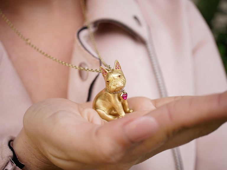 Contemporary 18 Karat Gold, Diamond, Ruby and Sapphire French Bulldog Pendant 'Olive' For Sale