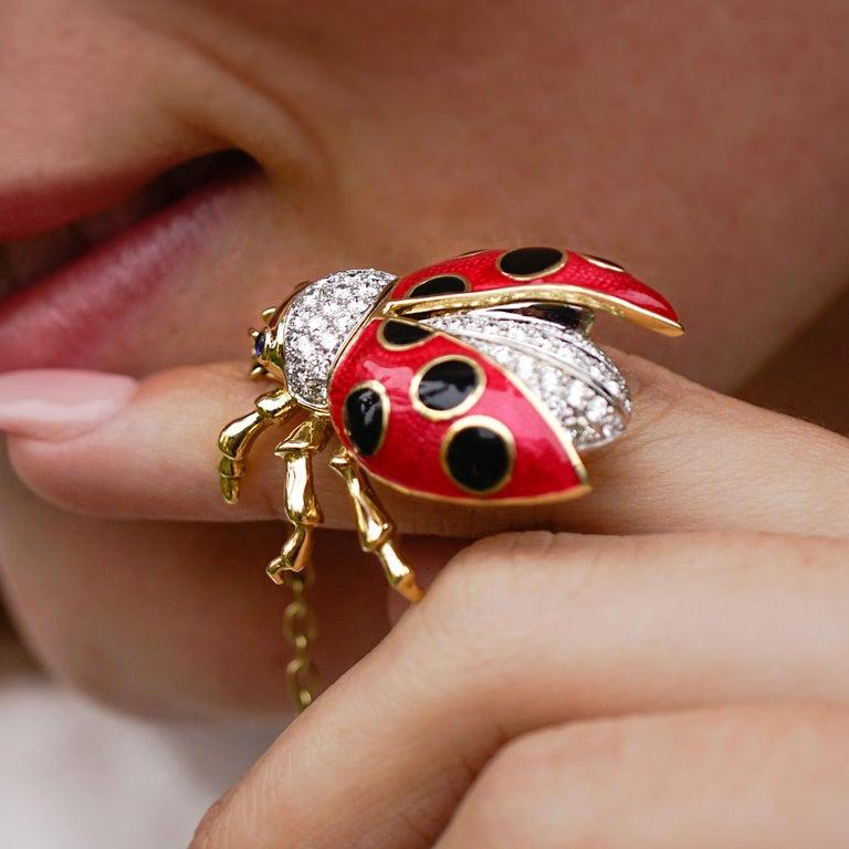 18 Karat Gold, Diamond, Sapphire and Enamel Ladybug Pendant Necklace 'Riley' For Sale 1