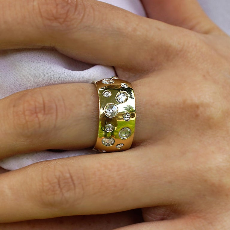 Amy Y 18K-Yellow Contemporary Gold and Rose Cut Diamond Comfort Ring 'Penelope' For Sale 2