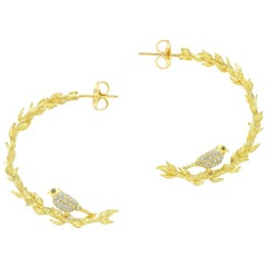 Amy Y 18K Yellow Gold And Diamond 'Bird Wreath' 3/4 Hoop Love Bird Earring