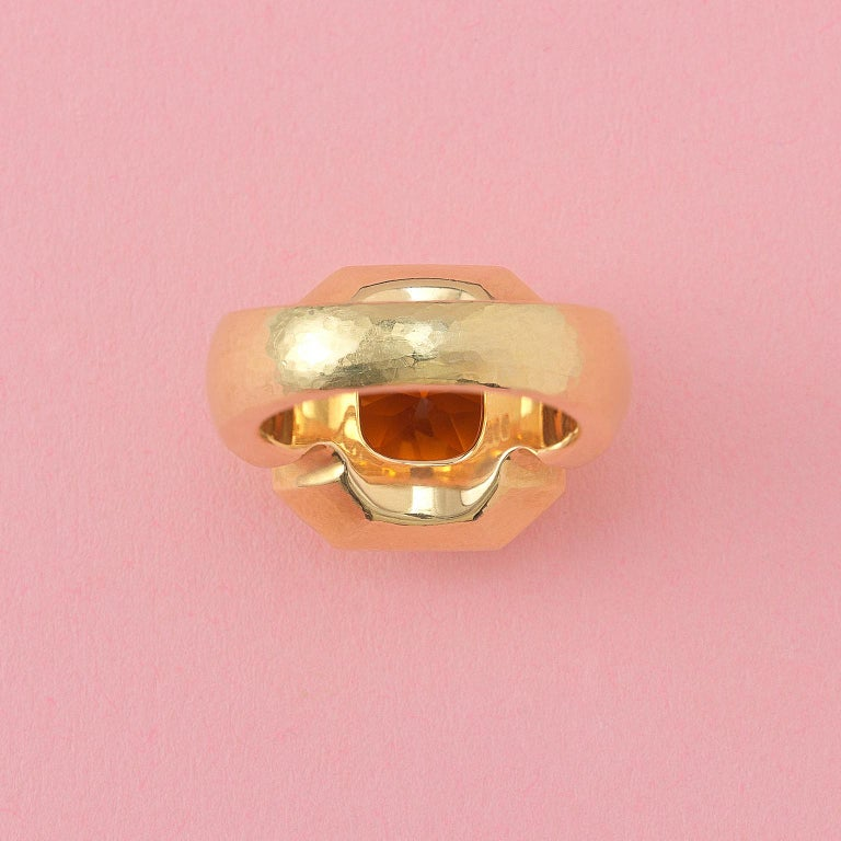 Octagon Cut 18 Carat Gold Leo de Vroomen Ring with Citrine For Sale