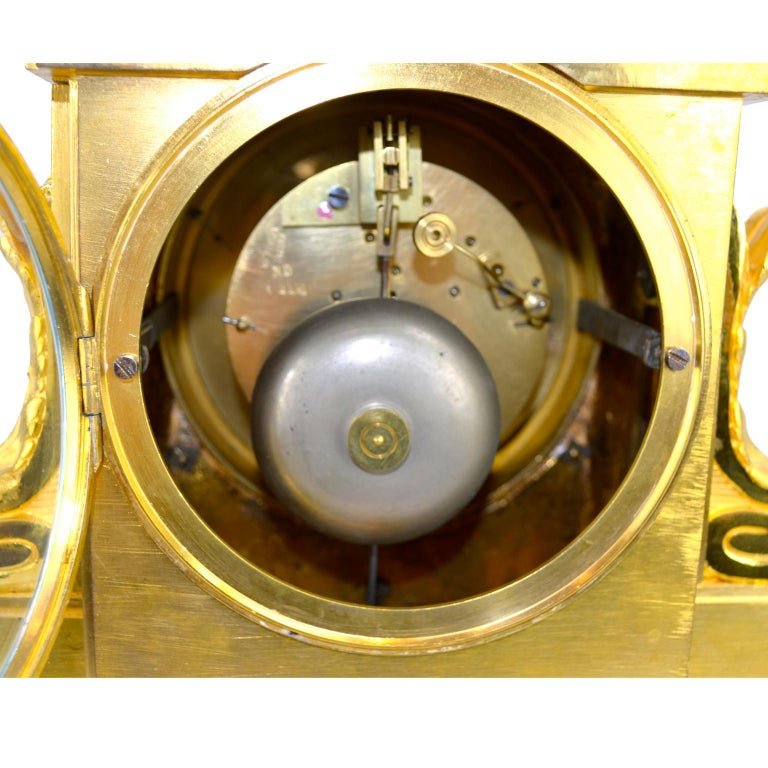 18th Century French Louis XVI White Marble and Gilt Bronze Architectural Clock For Sale 2