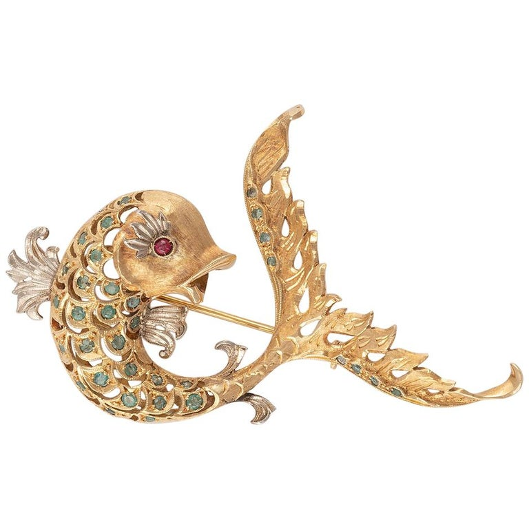 18 Carat Gold Emerald and Ruby Dolphin Brooch For Sale