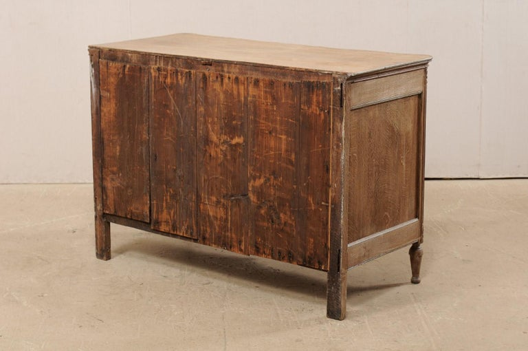 18th Century French Neoclassical Chest with Floral Carved Serpentine Front For Sale 5