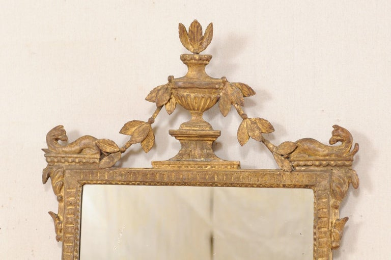 18th Century Italian Neoclassical Carved & Giltwood Mirror with Raised Urn Crest In Good Condition For Sale In Atlanta, GA