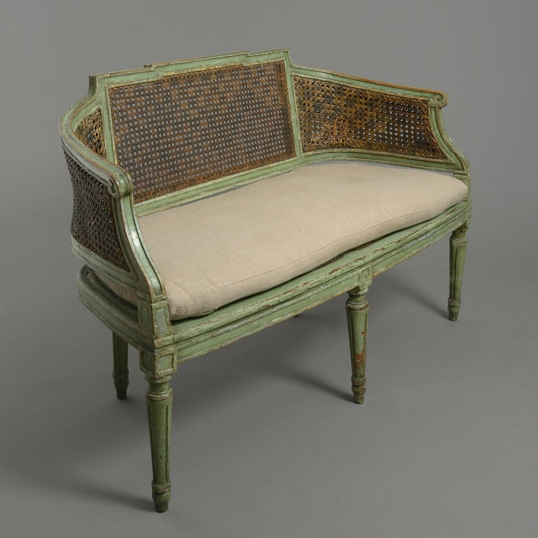 18th Century Painted Canapé Sofa In Good Condition For Sale In London, GB