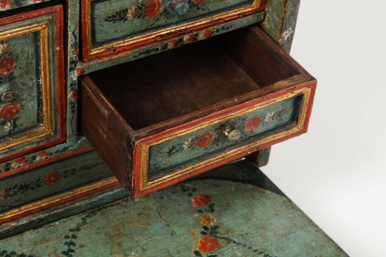 18th Century Polychrome and Parcel-Gilt Spanish Colonial Vargueno For Sale 4