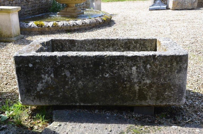 18th Century Stone Trough In Good Condition For Sale In Cheltenham, Gloucestershire