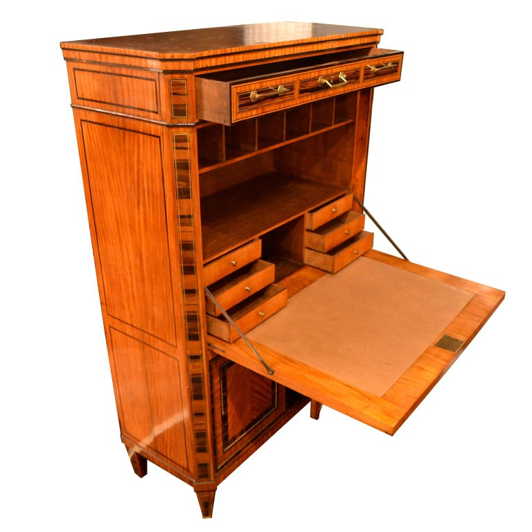 Inlay 18th Century Dutch Satinwood Marquetry Secretaire a Abattant For Sale