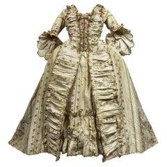 An à la française Sack Back Taffeta Silk Court Gown - France Circa 1780