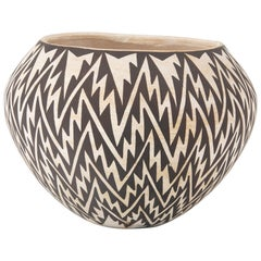 Acoma Vase by Jessie Garcia with Black and White Lightning Design