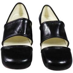 An André Courrèges Couture Pair of Shoes Circa 1967/1970
