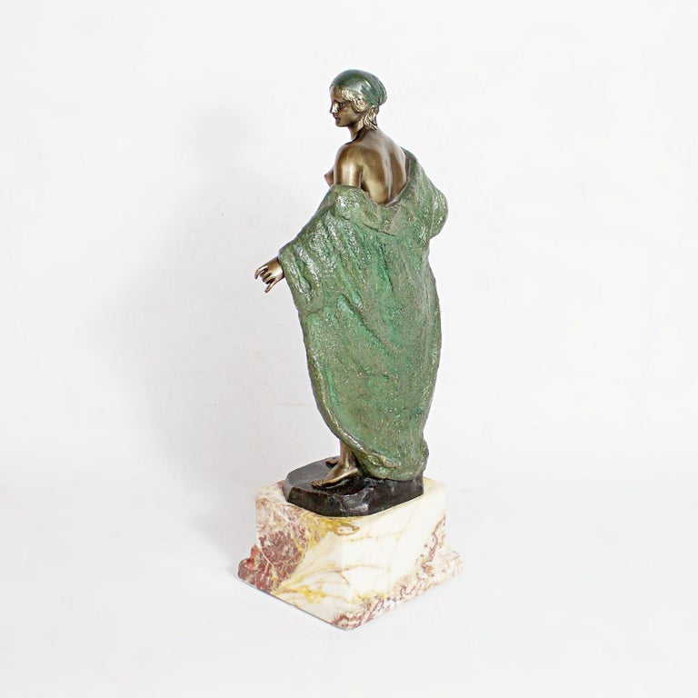 Early 20th Century Art Deco Bronze Sculpture by Joé Descomps, French, circa 1925 For Sale