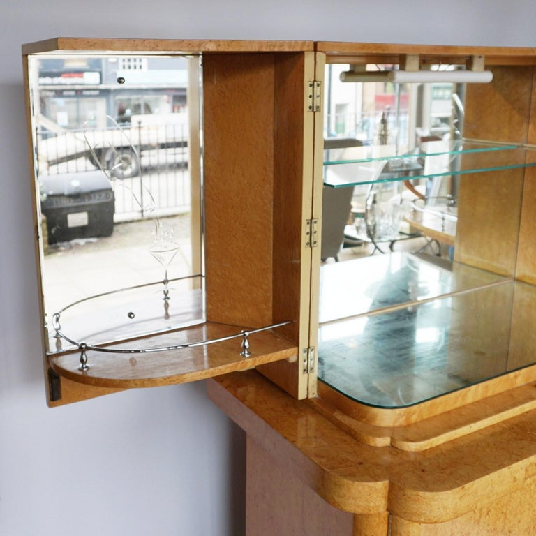 Art Deco Cocktail Cabinet by Harry & Lou Epstein English, Circa 1930 For Sale 3