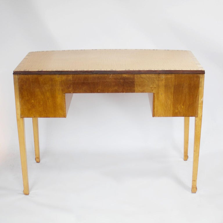 Art Deco Desk with Satin Birch and White Macassar Veneers, English, circa 1930 4