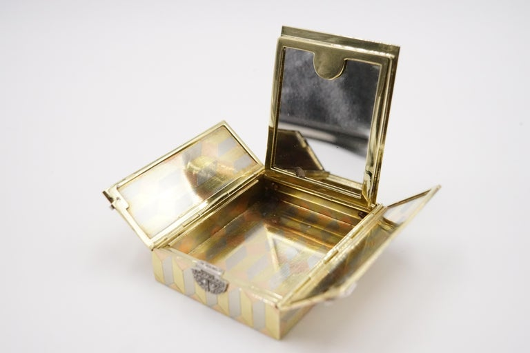 Art Deco Diamond and 14 Carat Tri-Colour Gold Vanity Case by Cartier For Sale 1