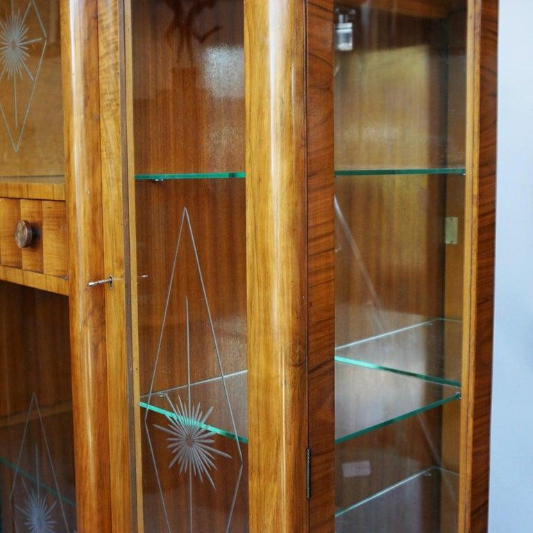 Art Deco Display Cabinet English, Circa 1935 For Sale 1