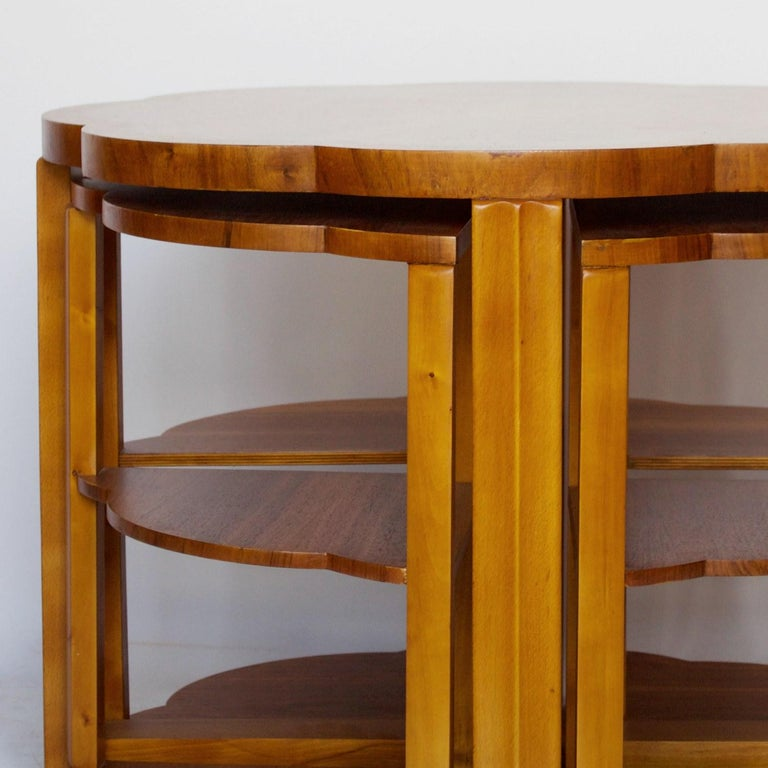 Art Deco Nest of Tables by Harry & Lou Epstein Burr Walnut, circa 1930 In Good Condition For Sale In Forest Row, East Sussex