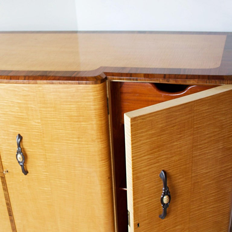 Art Deco Sideboard with Satin Birch Veneers and Original Bakelite Handles For Sale 1
