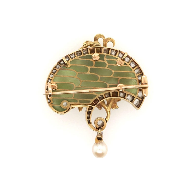 Art Nouveau Gold, Enamel and Pearl Brooch In Good Condition For Sale In New York, NY