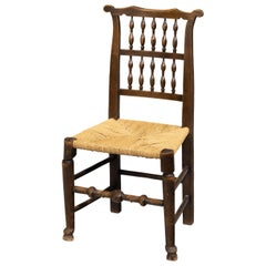 Attractive Mid-19th Century Elm Spindleback Chair