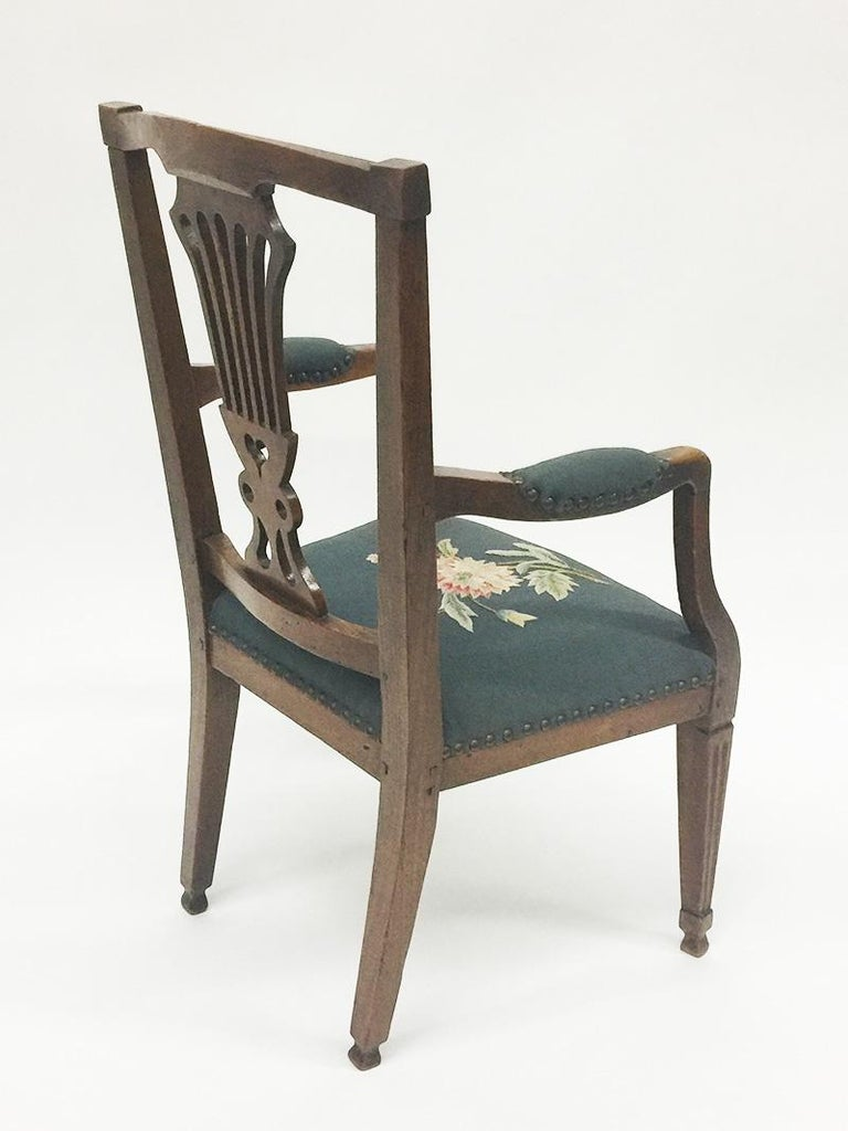Early 19th Century Dutch Oak Children's Chair In Good Condition For Sale In Delft, NL
