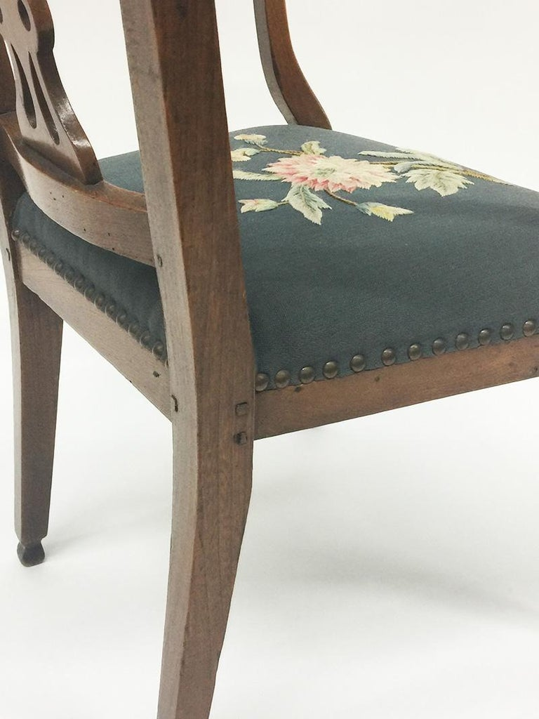 Wood Early 19th Century Dutch Oak Children's Chair For Sale