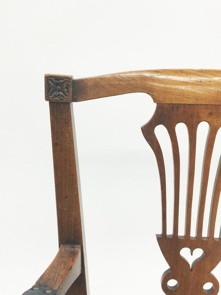Early 19th Century Dutch Oak Children's Chair For Sale 5