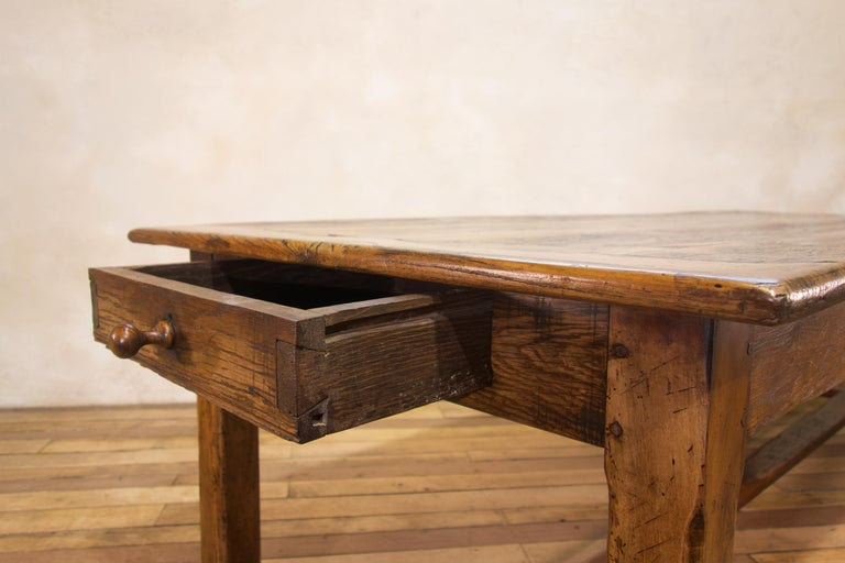 Early 19th Century Oak French Farmhouse Refectory Table In Good Condition In Basingstoke, Hampshire