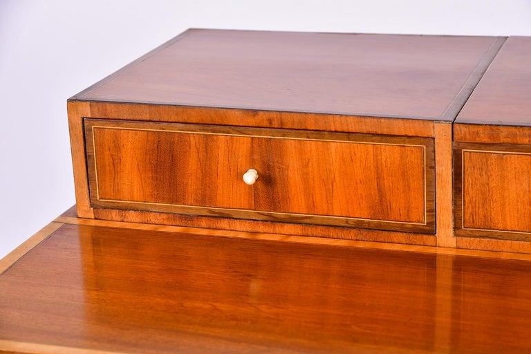 Early 19th Century Swedish Mahogany Dressing Table For Sale 5