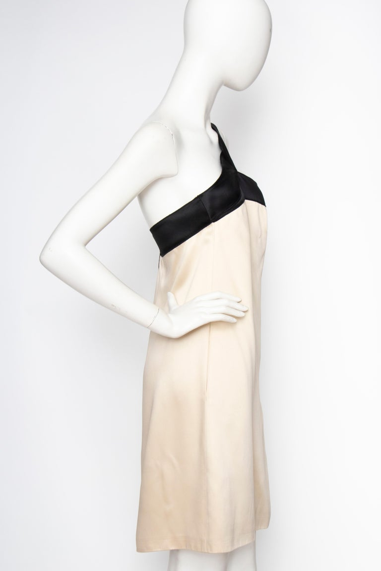 An Early 2000s Vintage D&G by Dolce & Gabbana Ivory Satin Cocktail Dress In Good Condition For Sale In Copenhagen, DK