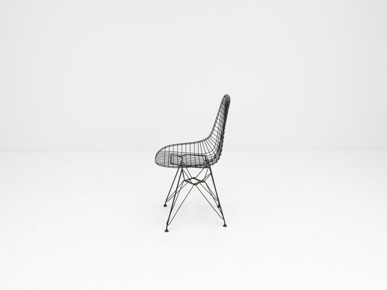 Fabric Early Charles and Ray Eames DKR Chair, Eiffel base