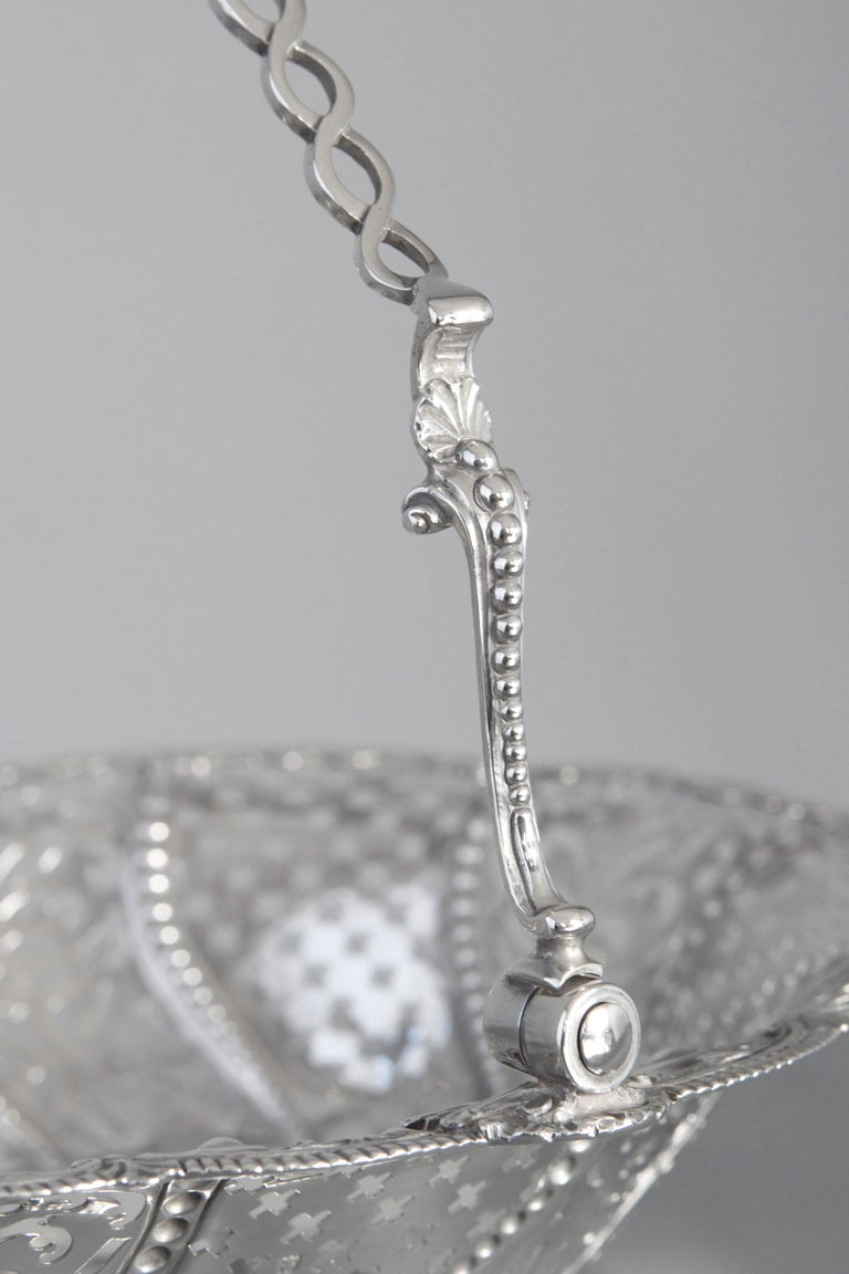Hand-Crafted Early Georgian Silver Basket, London 1761 by William Plummer For Sale