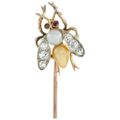 Edwardian Natural Pearl and Diamond-Set Bee Stick Pin