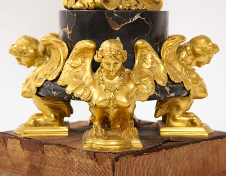 E.F. Caldwell Veined Black Marble and Dore Bronze Mounted Sphinx Legged Clock For Sale 6