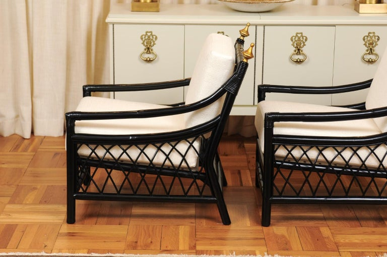 Elegant Restored Pair of Throne Loungers by Willow and Reed, circa 1955 For Sale 3