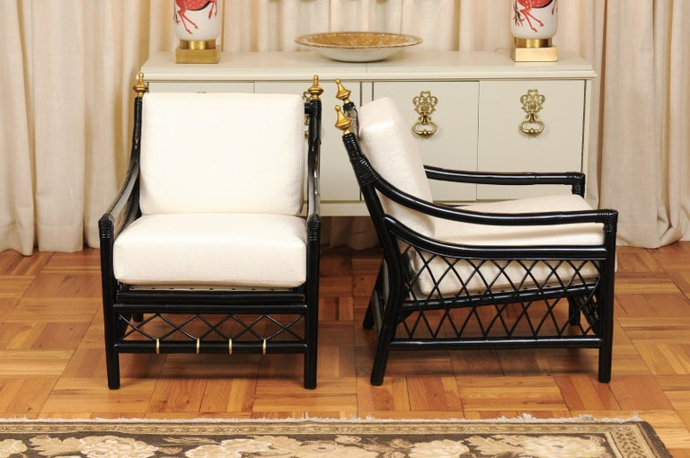 Mid-20th Century Elegant Restored Pair of Throne Loungers by Willow and Reed, circa 1955 For Sale