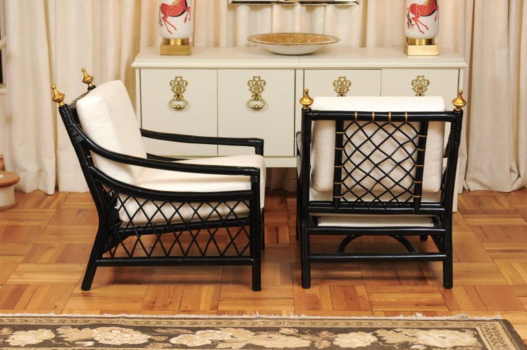 Elegant Restored Pair of Throne Loungers by Willow and Reed, circa 1955 For Sale 1