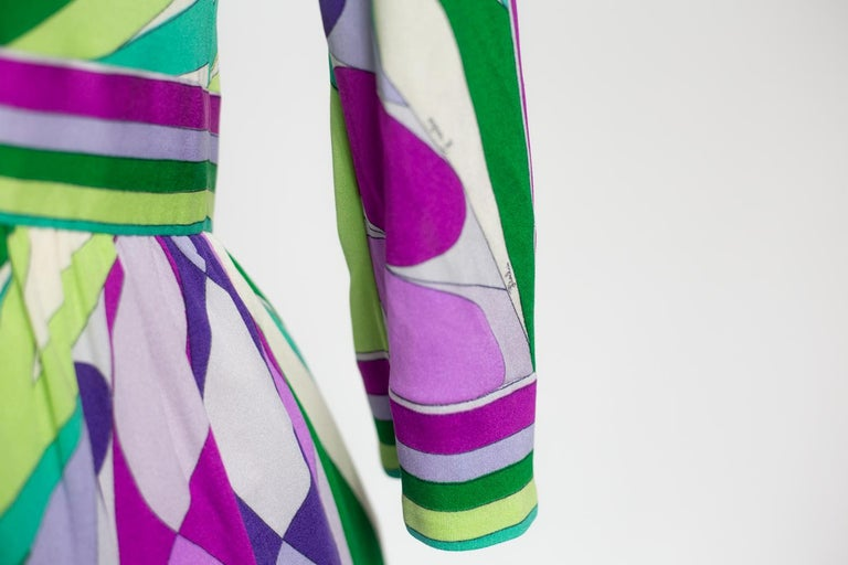 An Emilio Pucci Printed Silk Jersey Dress - Italy Circa 1970 For Sale 10
