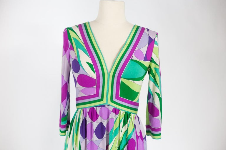 An Emilio Pucci Printed Silk Jersey Dress - Italy Circa 1970 For Sale 3