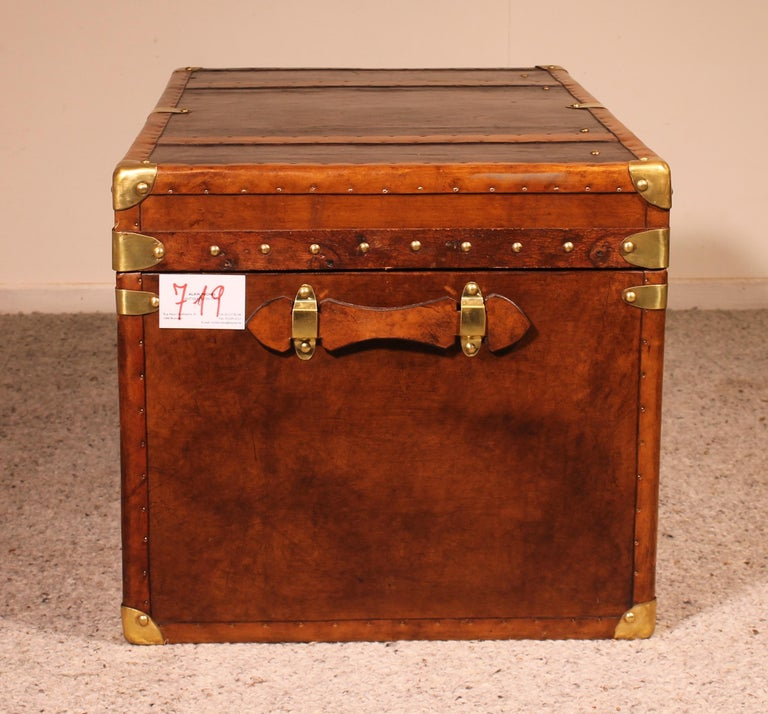 English Travel Chest in Leather, Early 20th Century For Sale 1