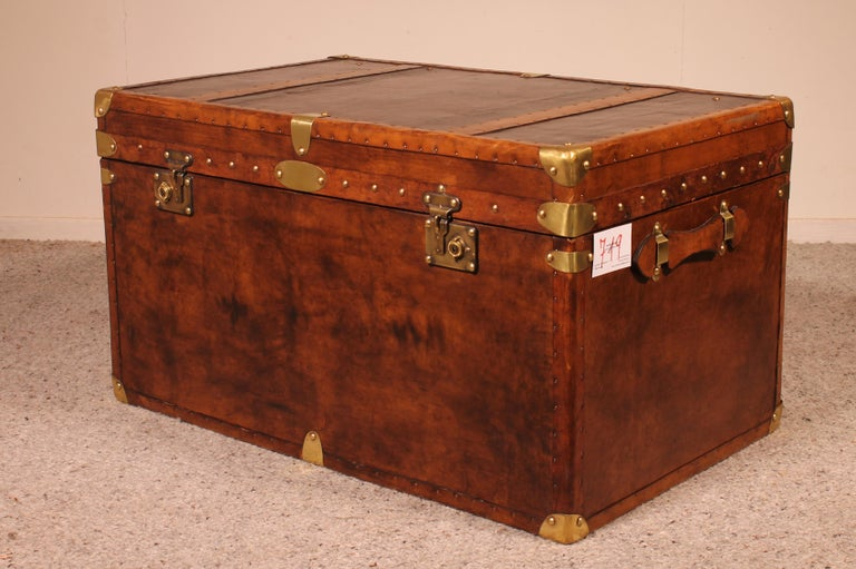 English Travel Chest in Leather, Early 20th Century For Sale 2