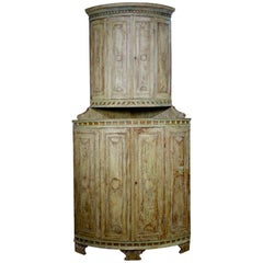 Exceptional Original Painted 18th Century Swedish Corner Cupboard Green Cream