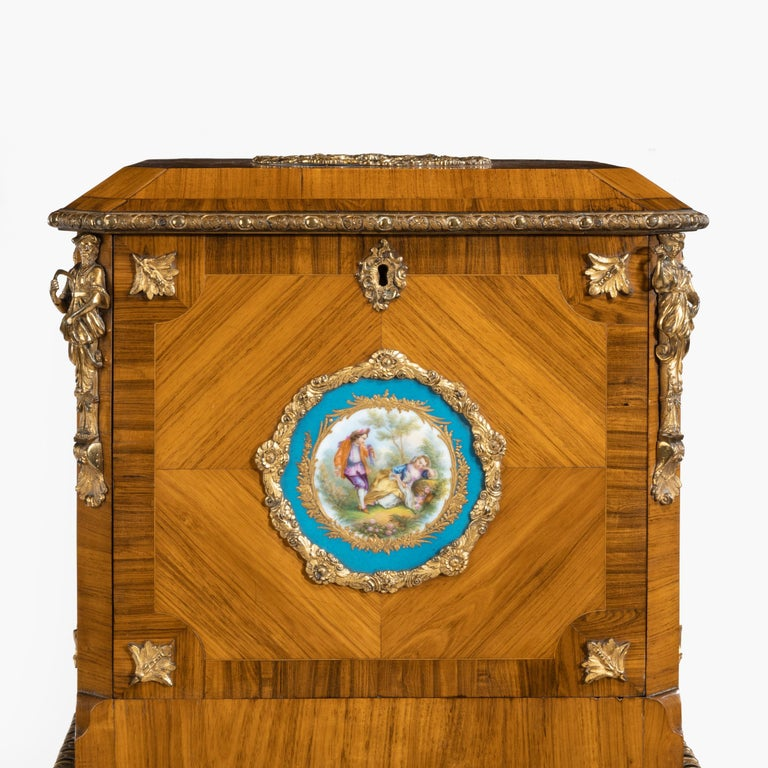 Exquisite Jewel Casket in the Louis XV Manner For Sale 2