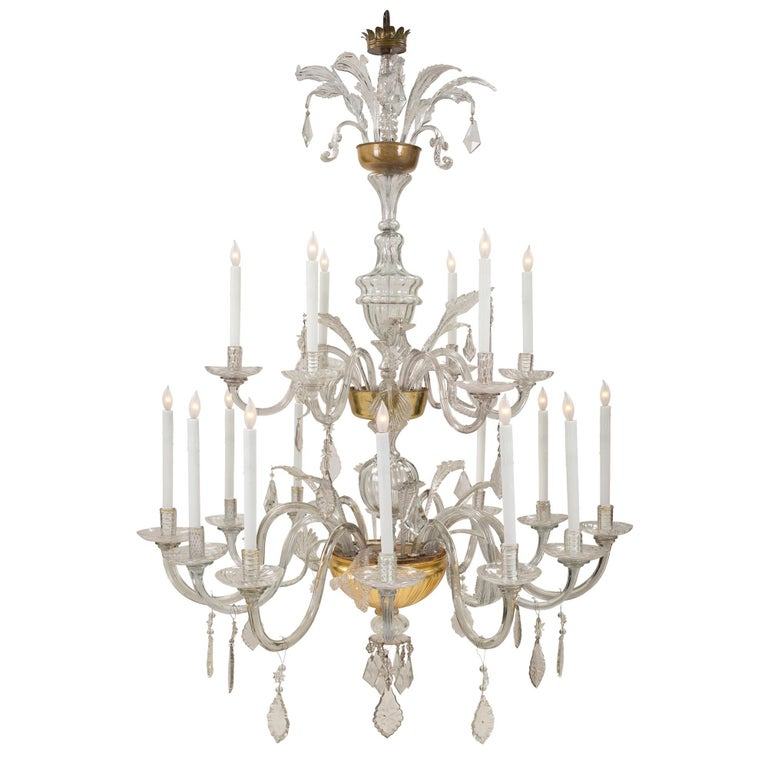 Italian 18th Century Glass and Gilt Eighteen Light Tuscan Chandelier For Sale